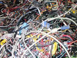 Recyclage de cable et de piece d'informatique usagé